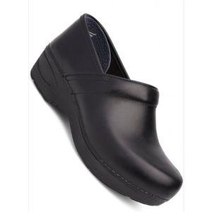 Dansko XP black leather clog